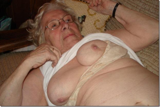 mature-grannies